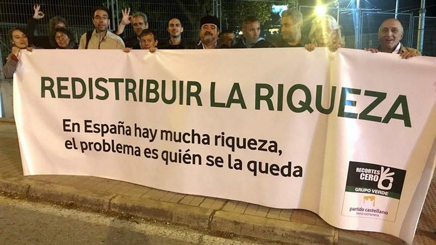 Recortes Cero-Grupo Verde protesta frente a TVE por el trato discriminatorio