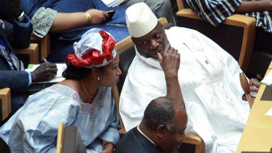 AI pide juzgar al presidente de Gambia derrotado por las violaciones de DDHH