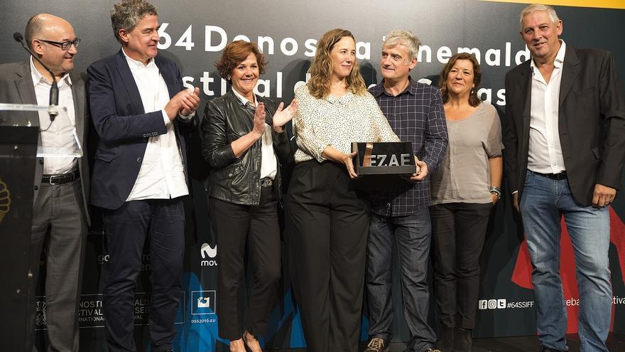 """EZAE premia a 'Amama' por ser una película """"universal"""" que """"solo podía estar hecha en Euskadi"""""""