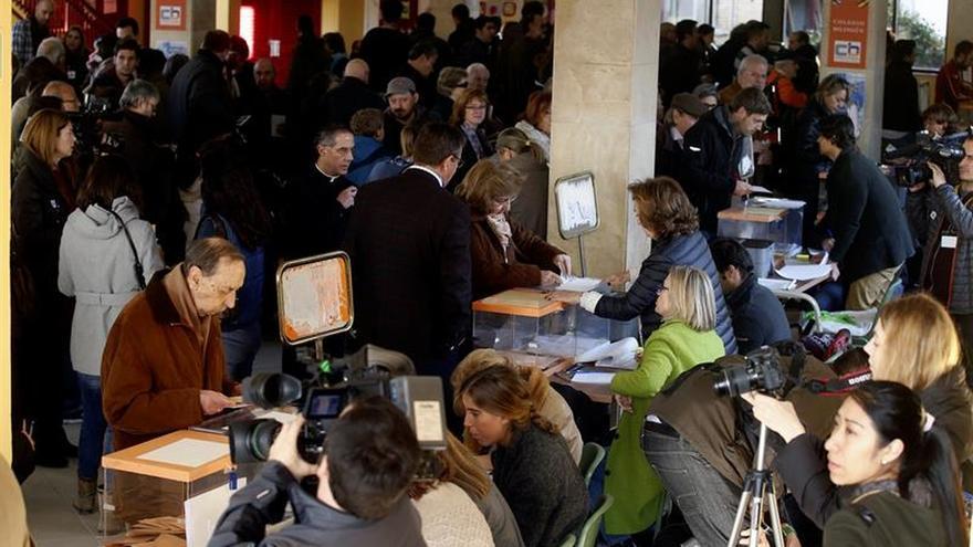 Exteriores instruye a los consulados para garantizar el voto fuera de España