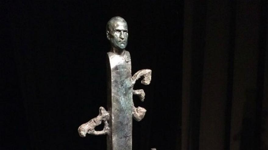 Estatuta Steve Jobs