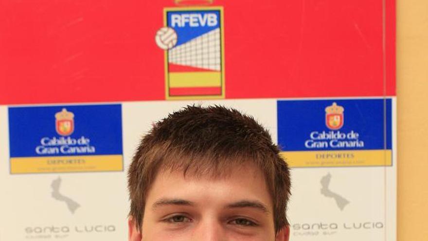 El jugador del CV Vecindario Luca Biliato. (cv7islas.net).