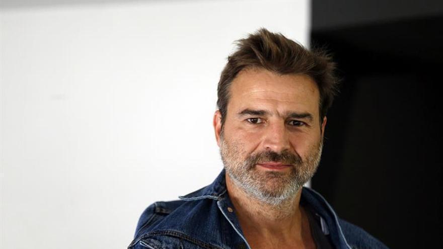 Dignidad y Justicia amplía la querella contra los titiriteros a Alberto San Juan