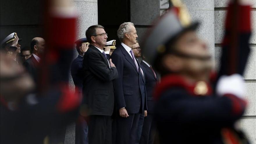 """El secretario de Defensa de EEUU culpa a Rusia de """"echar gasolina al fuego"""" en Siria"""