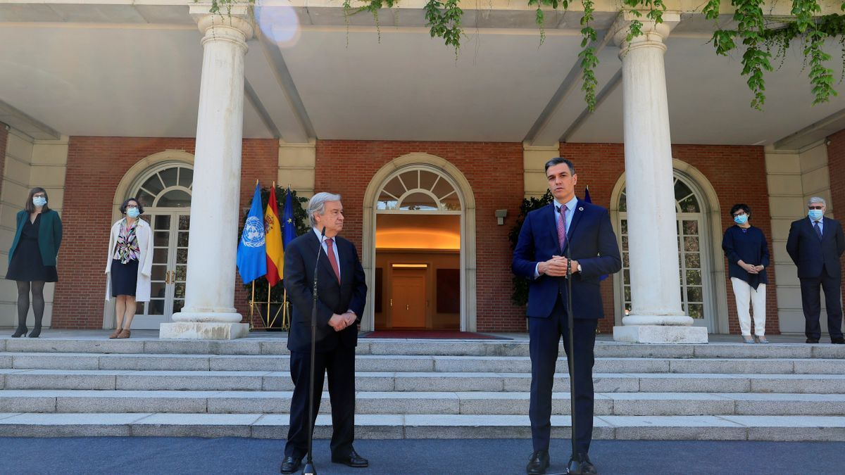 Pedro Sánchez junto al secretario general de la ONU, Antònio Guterres, en Moncloa.