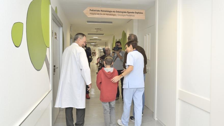 El Parlamento Vasco reclama un plan de reducción de listas de espera en Osakidetza