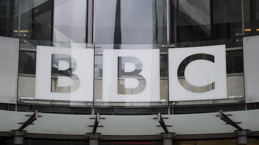 Ponen escolta a una periodista de la BBC ante amenazas recibidas en Twitter