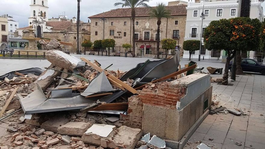 Quioscos Merida plaza España