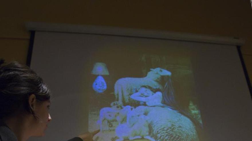 Óscar Tusquets diseña una mesilla-oveja inspirada en un cuadro de Dalí