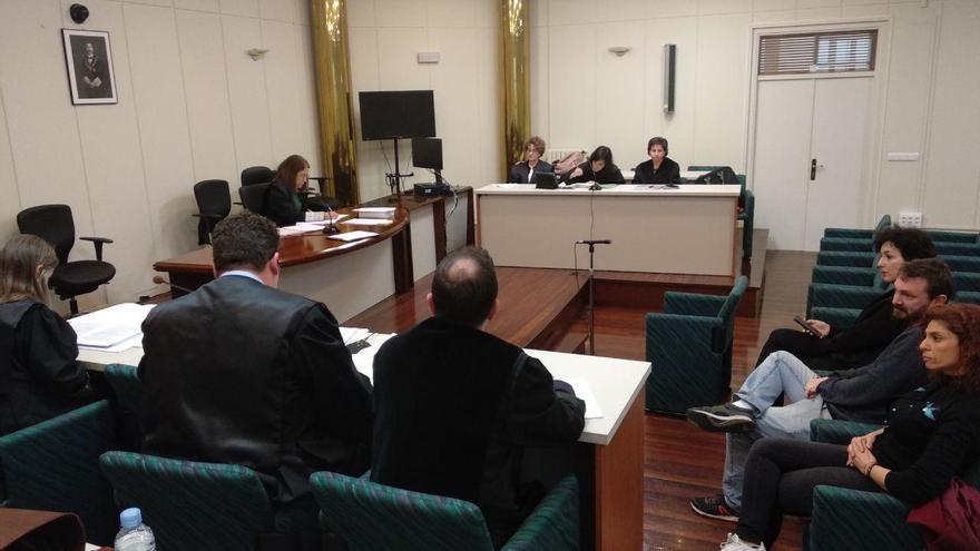 Juicio por las primarias de Podemos Cantabria. | R.A.