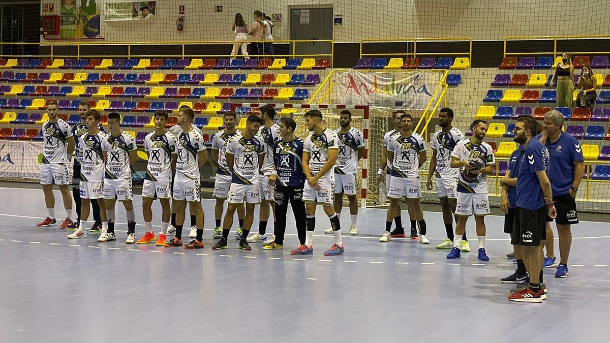 Jugadores del Ángel Ximénez celebrando la Copa de Andalucía