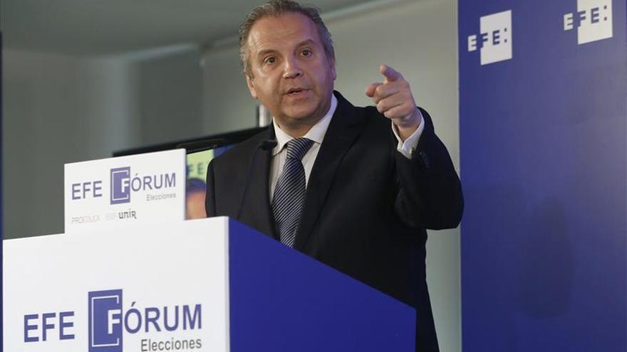 """Carmona hará una campaña """"enérgica"""" y """"próxima"""" a los ciudadanos"""