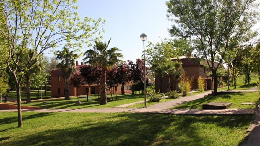 "Centro de Acogida de Menores (CAM) ""Valcorchero"" de Plasencia"