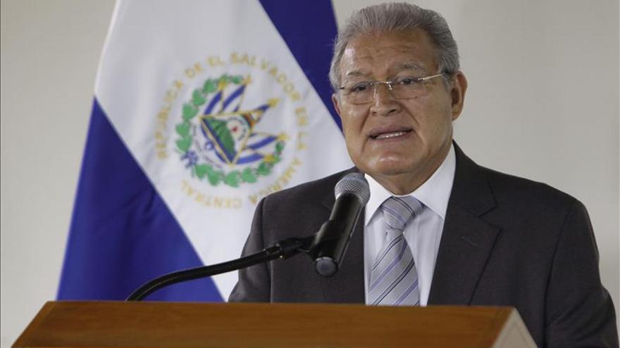 Presidente salvadoreño visita Cuba para fortalecer cooperación y comercio