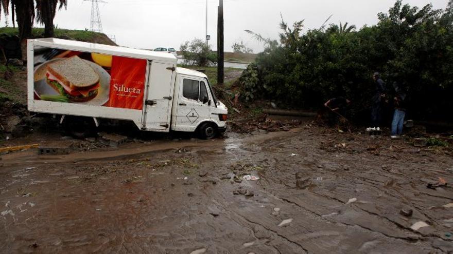 De los daños de la lluvia en LPGC (I) #9