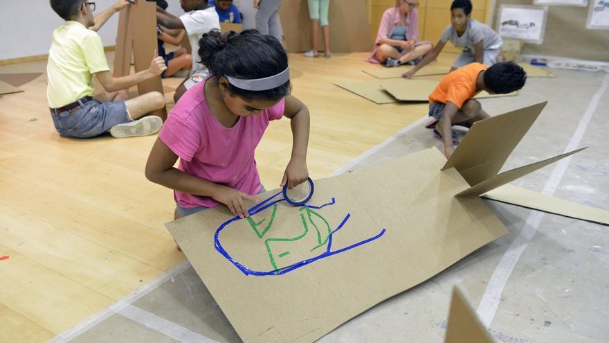 Niños en el Aula de Arte de Fundació Bancaixa