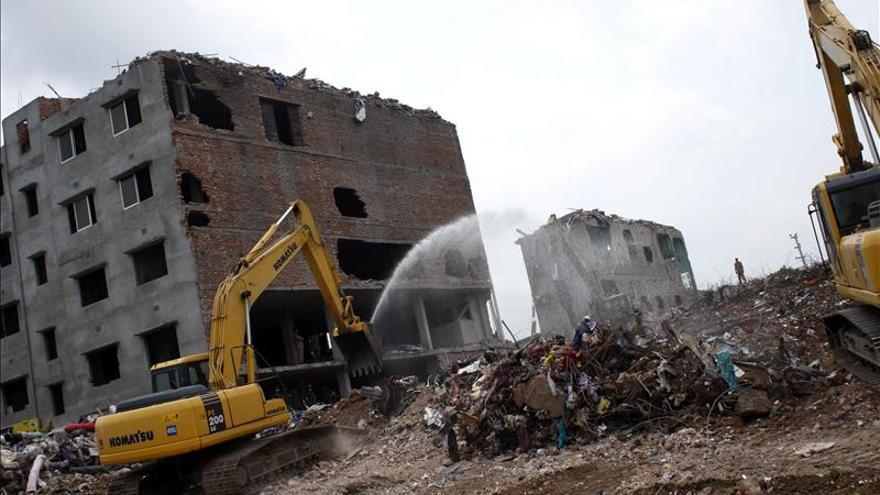 Bangladesh subirá el salario de los trabajadores del sector textil