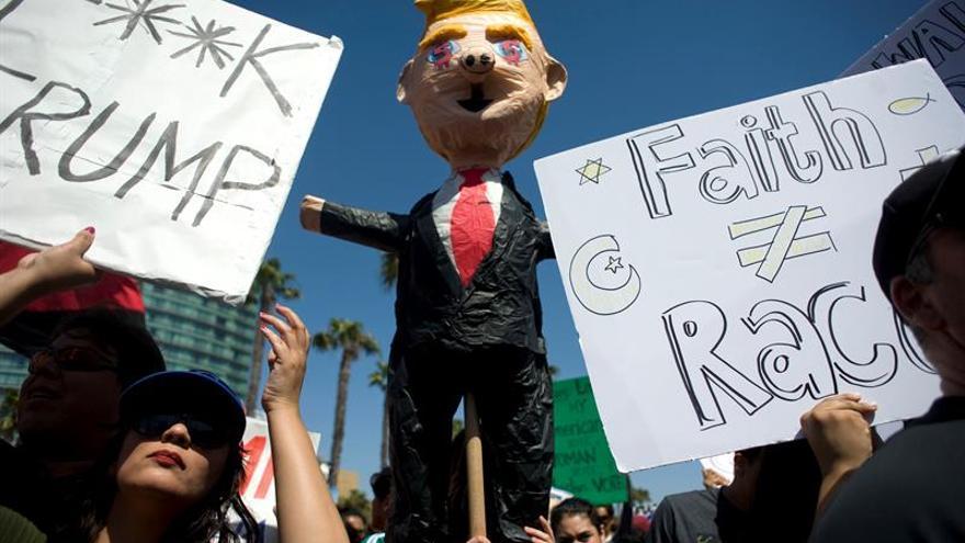 Las protestas contra Trump se tornan violentas en California