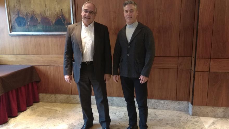 José López y Joaquín Solanas tras presentar su candidatura de unidad.