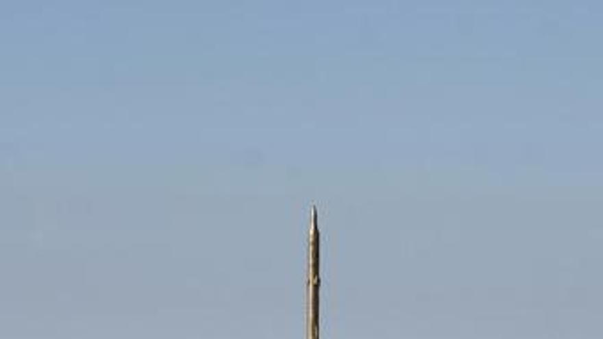 Irán ensaya el lanzamiento de varios misiles defensivos