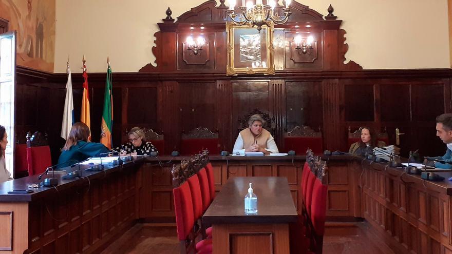 Reunión en el Ayuntamiento de Los LLanos de Aridane.