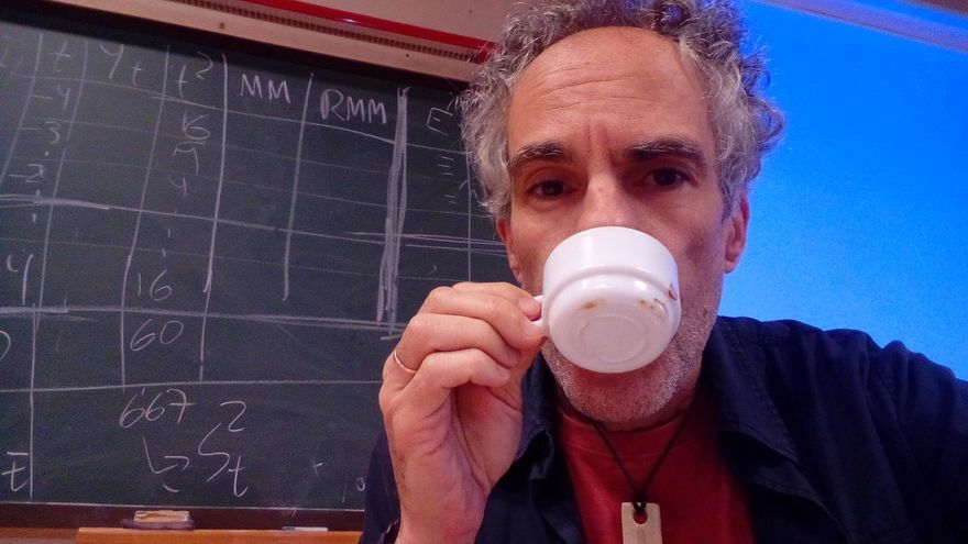 El palmero Carlos Felipe Martell, profesor de la ULL, gana el XI Premio Internacional de Literatura Palindrómica REVER 2021
