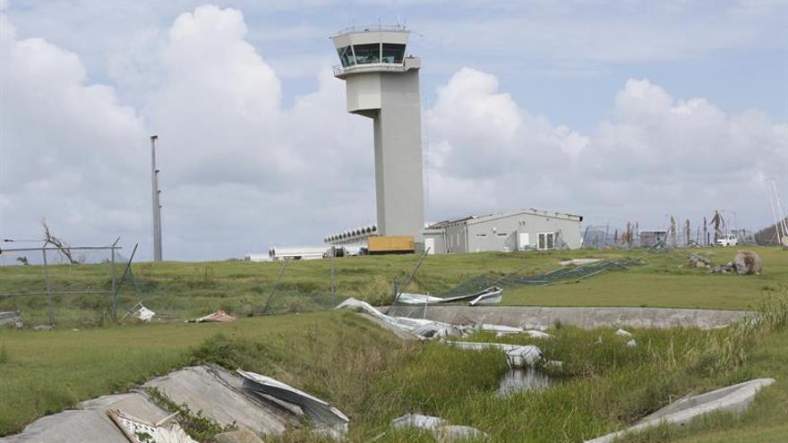 Aeropuertos de Islas Vírgenes reabrirán esta semana tras el paso del huracán María