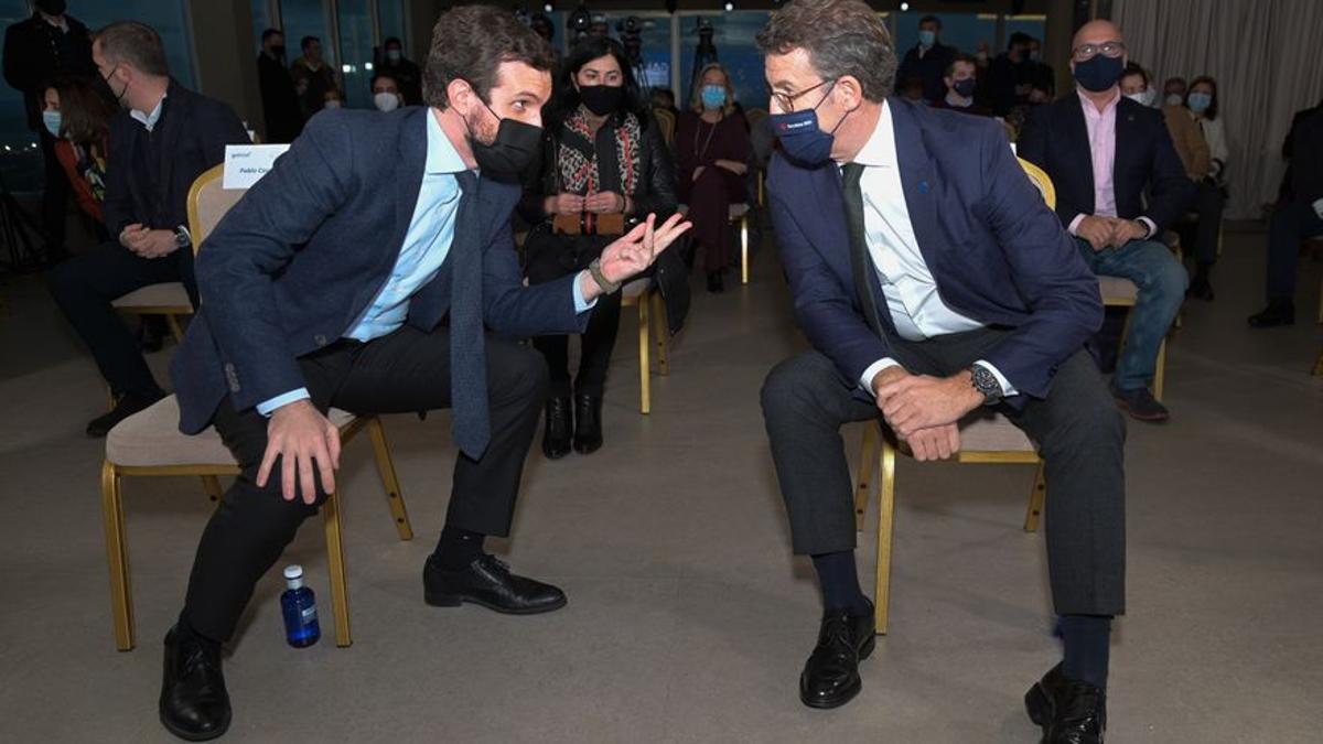 El presidente del Partido Popular, Pablo Casado, y el presidente de la Xunta de Galicia, Alberto Núñez Feijóo.