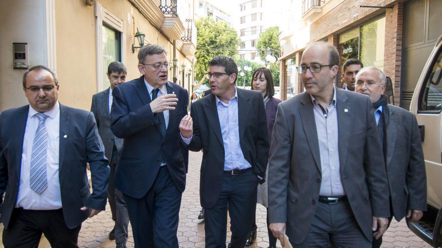 Ximo Puig, Jorge Rodríguez i Diego Gómez, en una visita a Alzira