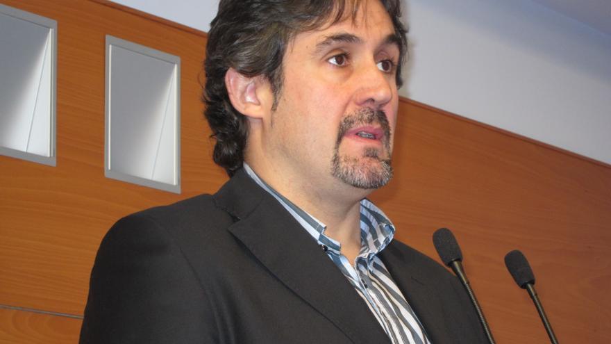 """Urizar cree que es el momento de lograr """"las condiciones para la independencia"""" y dice que España es un """"lastre"""""""