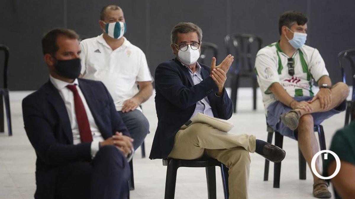 Carlos González, en una junta de accionistas del Córdoba CF SAD