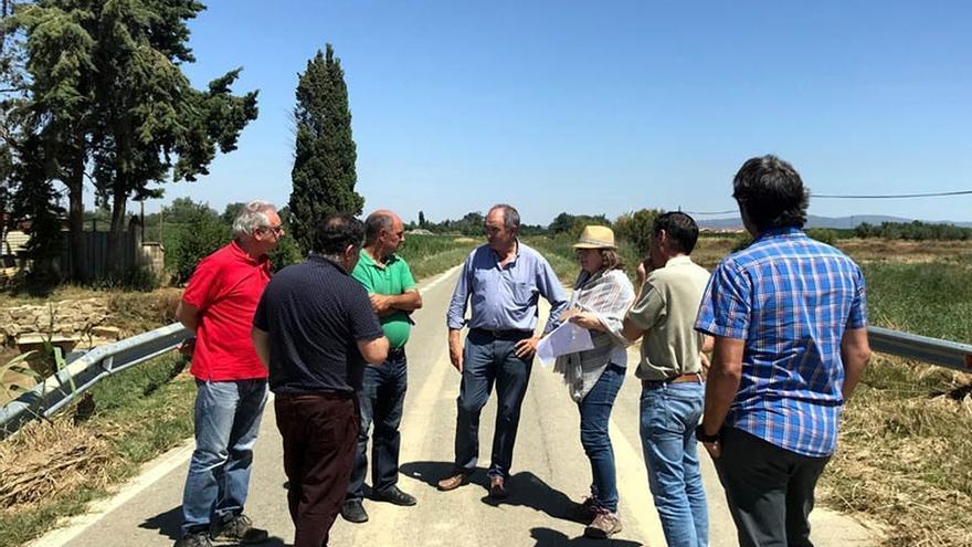 Isabel Elizalde visita la zona afectada por las inundaciones para conocer los daños en infraestructuras agrarias