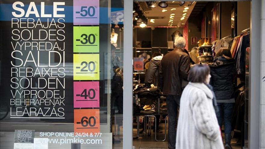 El comercio eleva sus ventas el 3,2 % en agosto y encadena 12 meses al alza