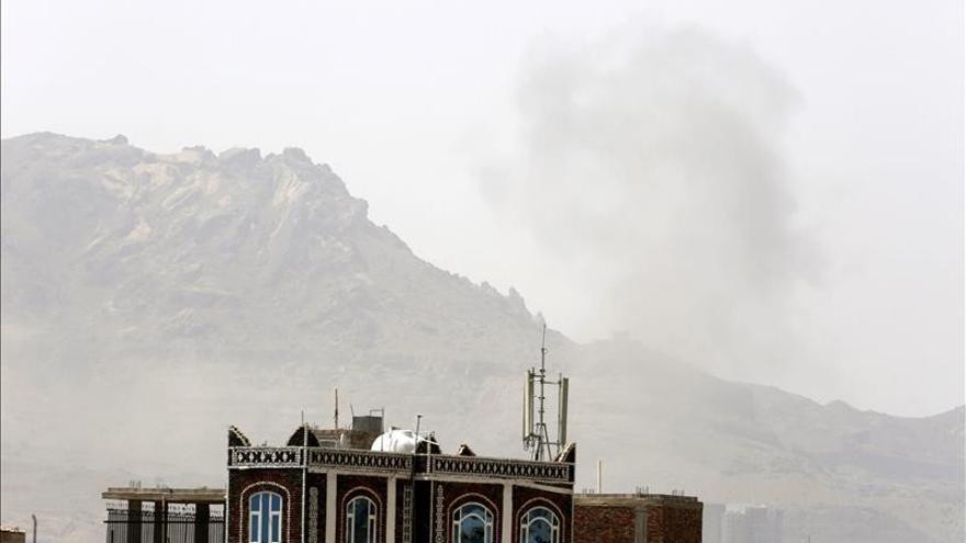La coalición árabe lanza varios ataques aéreos contra los hutíes en Saná