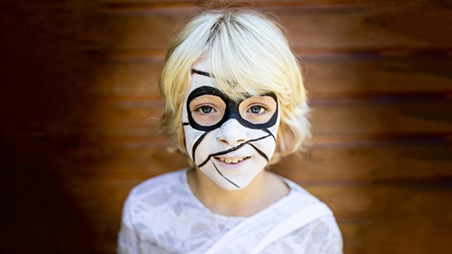 Este Halloween, maquilla a tus hijos de forma rápida y fácil.