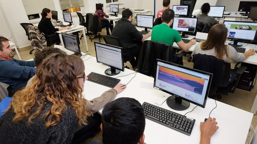 El Gobierno subvencionará con 16 millones 403 cursos para más de 6.000 desempleados