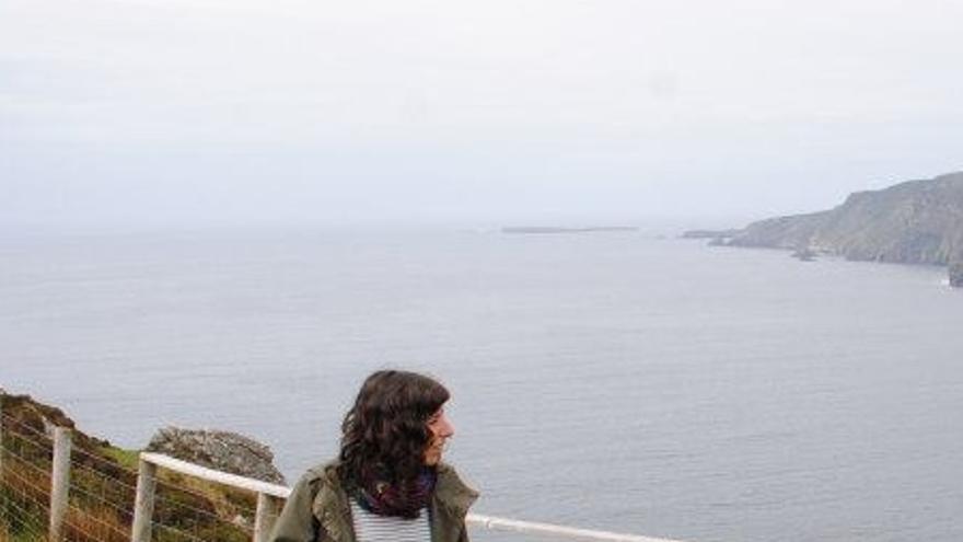 Raquel estudió Sociología, Ciencias Políticas y un máster, pero tras seis meses buscando trabajo decidió emigrar.