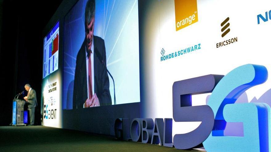 Una charla holográfica sin latencia abre el evento mundial del 5G en Valencia
