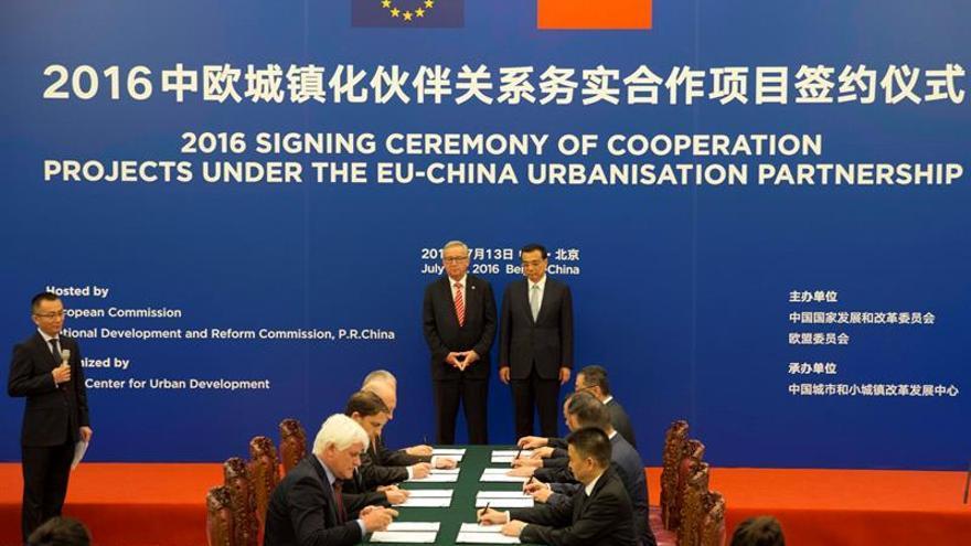 La UE pide a China amplias reformas si quiere una consideración de la economía de mercado