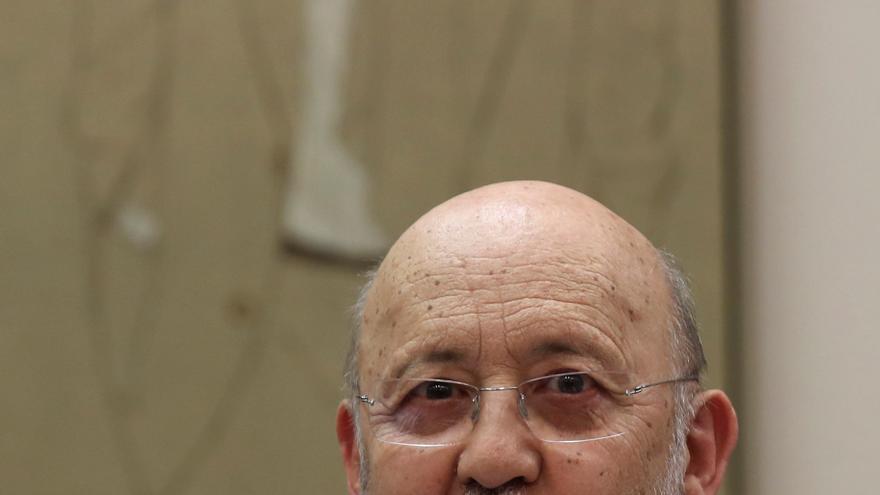 Archivo - El presidente del Centro de Investigaciones Sociológicas, José Felix Tezános, comparece en el Congreso. En Madrid (España), a 19 de mayo de 2020.
