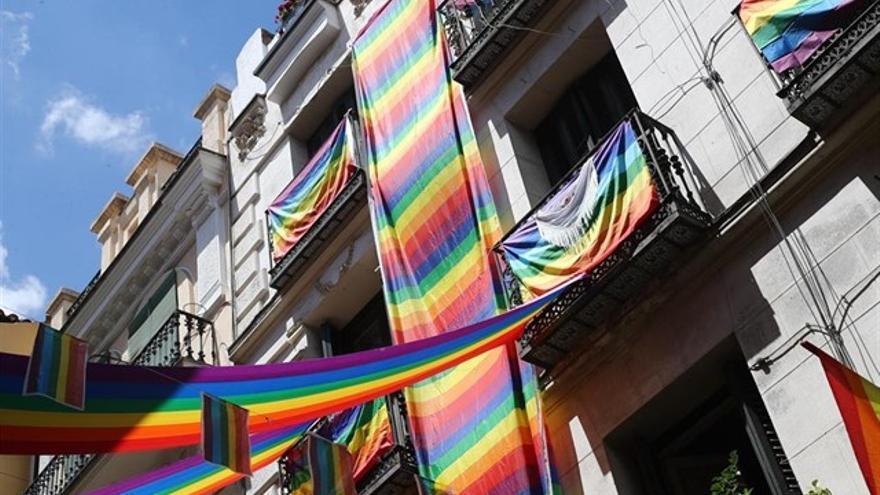 Banderas del orgullo gay en una imagen de archivo.
