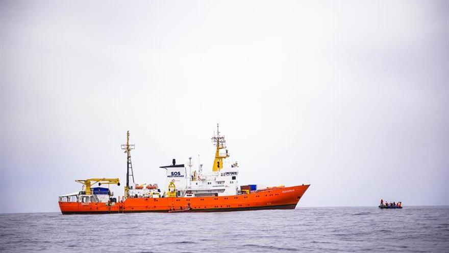 La nave Aquarius alcanza las islas Baleares en su séptimo día de navegación