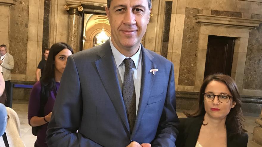 "Albiol (PP) espera que las tesis ""radicales"" del PSC no se impongan en el Comité Federal del PSOE"