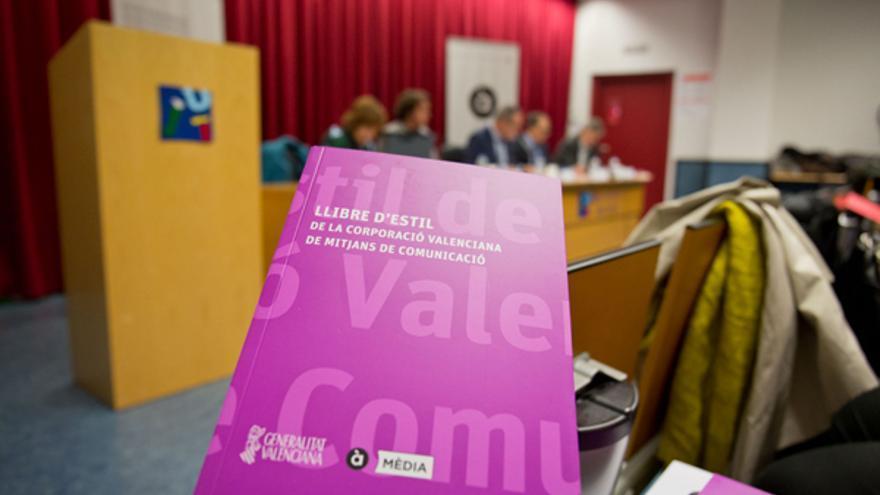 El Libro de estilo de la CVMC se ha presentado en la Universitat Jaume I de Castellón
