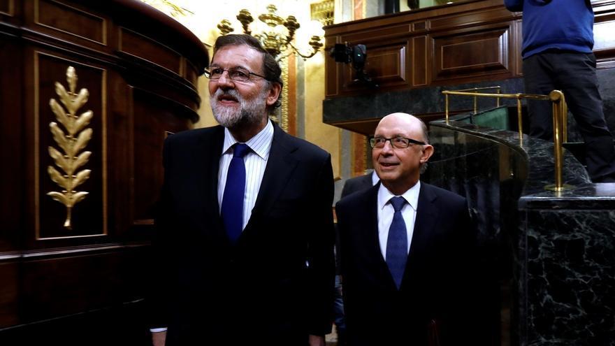 """(Am)Montoro acusa de estar """"a favor"""" del déficit a Unidos Podemos, que culpa al Gobierno de """"repartir miseria"""""""