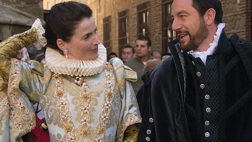 Los actores Jason Isaacs y Julia Ormond, protagonistas de la película 'La Conjura de El Escorial'