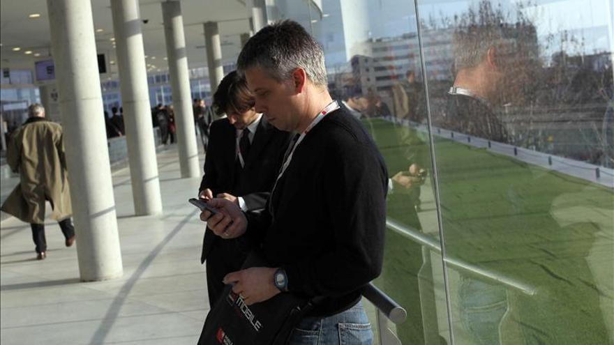 Miles de usuarios de Movistar sin servicio por una avería general en España