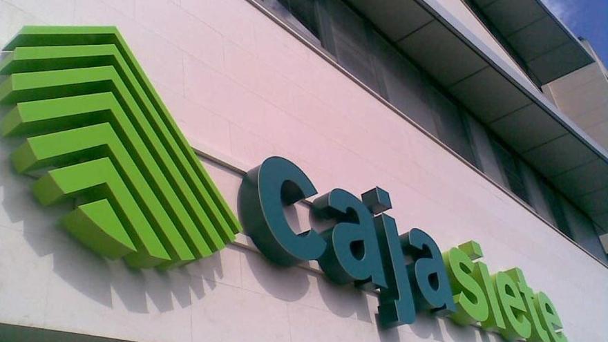 Oficina de la entidad financiera de capital canario Cajasiete