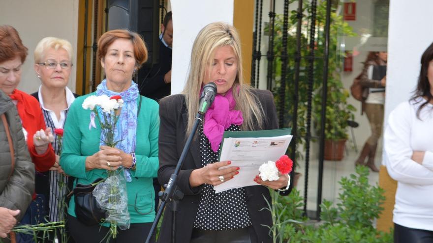 """La alcaldesa de Bormujos afirma con motivo de la celebración del 25N que se ha atacado su """"dignidad como mujer"""""""