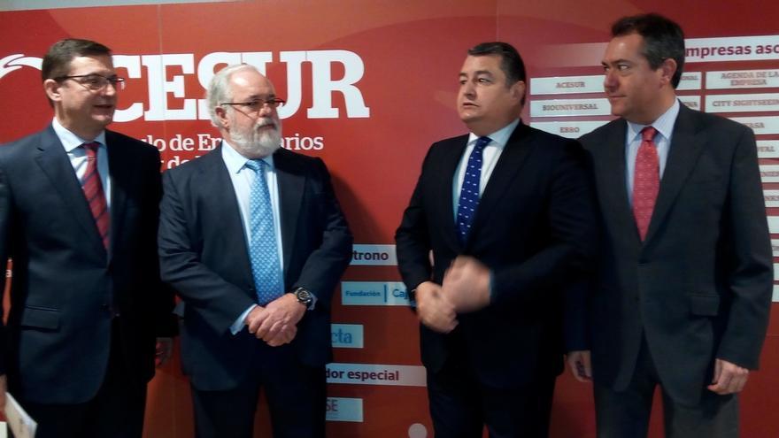 Arias Cañete anima a España a usar el Plan Juncker para proyectos agregados de eficiencia energética